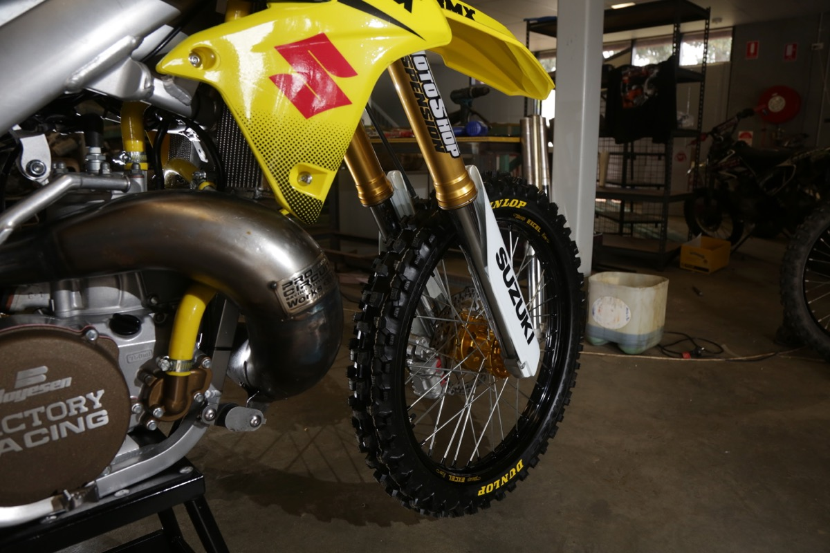 BIKE BUILDER: SUZUKI RM250 - Australasian Dirt Bike Magazine