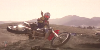 VIDEO: Ronnie Mac – T...
