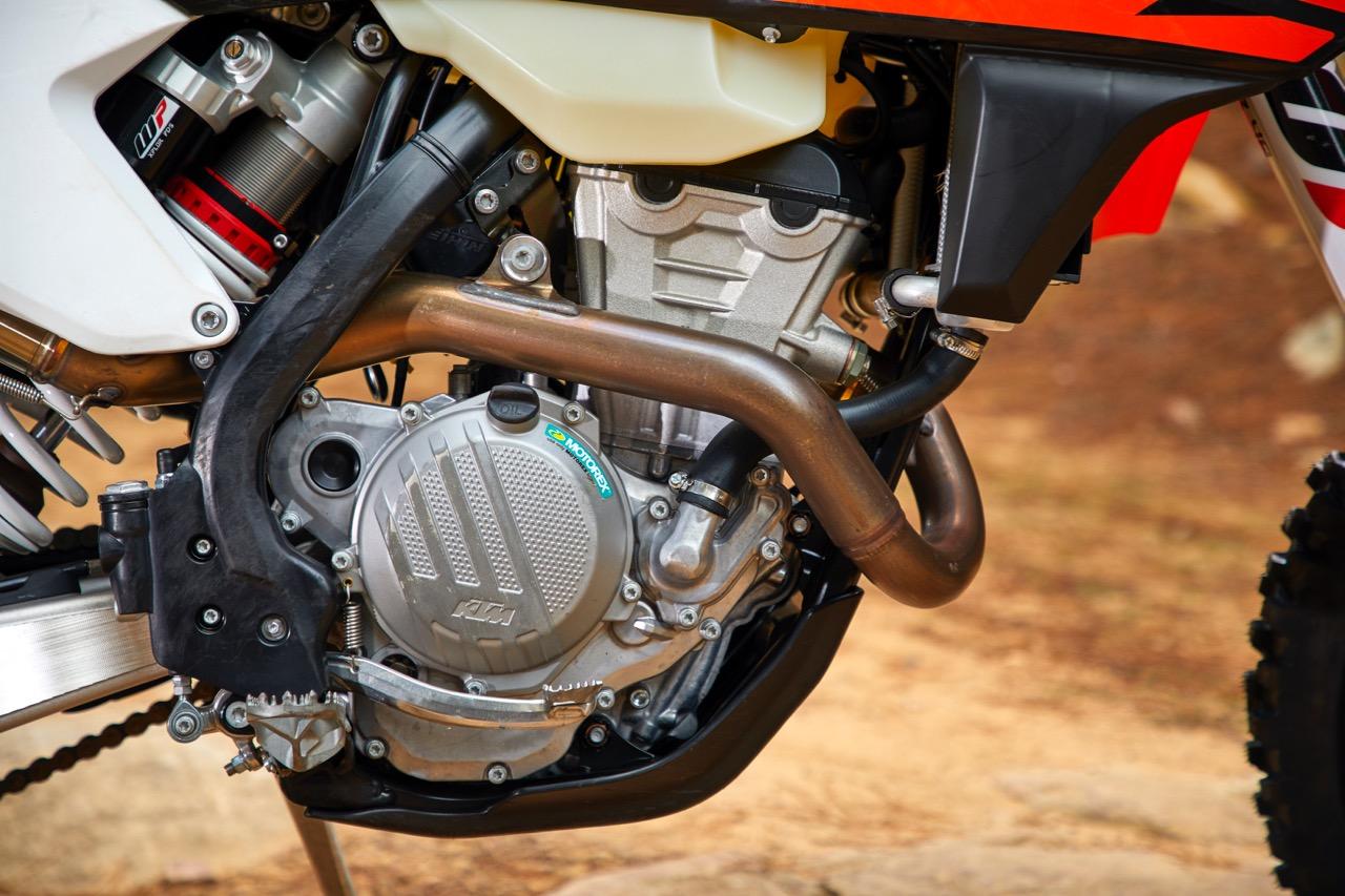 COMPARO: 2018 300-350cc Four-Stroke Enduro - Australasian Dirt Bike